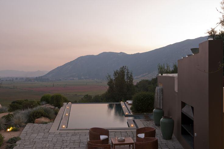 Lapostolle Residence infinity pool view