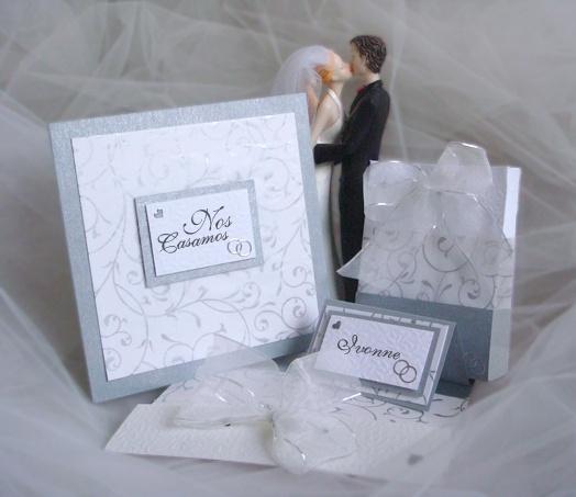 Set de boda compuesto por tarjeta con sobre, bolsa para regalo y tarjeta de sitio