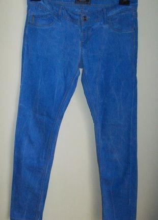 Kup mój przedmiot na #vintedpl http://www.vinted.pl/damska-odziez/dzinsy/4144974-spodnie-rurki-jeans-niebieskie-biodrowki-stradivarius-40-42