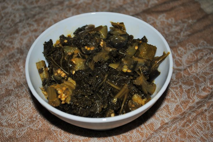 Isombe: Rwandan Vegetable Stew