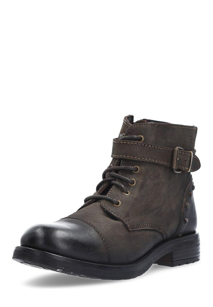 Otto Kern Boots, Leder, khaki grün Jetzt bestellen unter: https://mode.ladendirekt.de/damen/schuhe/boots/sonstige-boots/?uid=6298006e-e017-5f46-ae60-617a62aa7bab&utm_source=pinterest&utm_medium=pin&utm_campaign=boards #boots #sonstigeboots #schuhe #bekleidung Bild Quelle: brands4friends.de