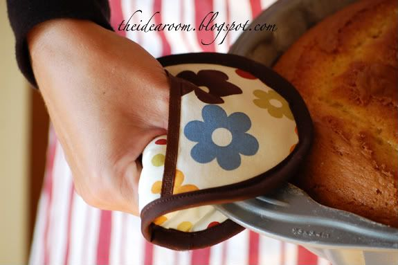 Little oven mit tutorial. Bridal shower and christmas gift idea. :)
