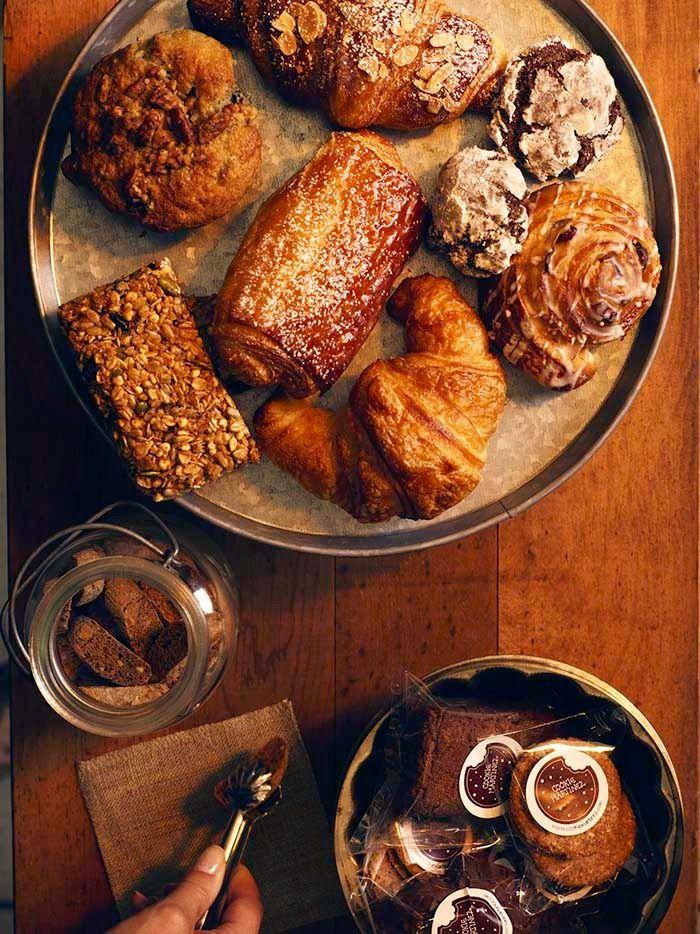 Poppytalk: Happy Friday + The Macchina Mobile Cafe Photo: Jim Norton  Styling: Debra Norton