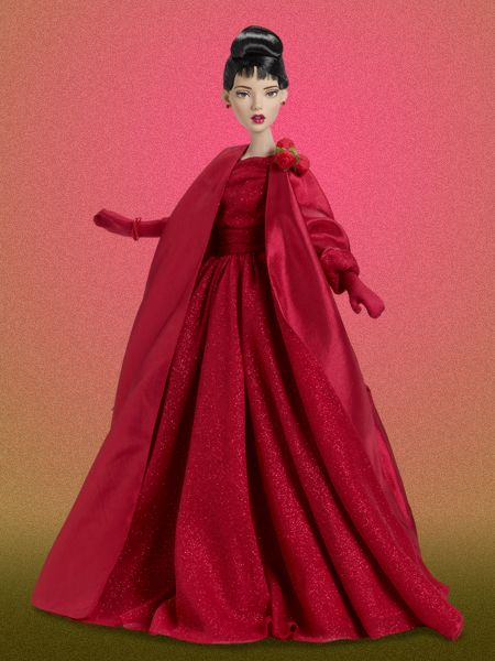 The Rose Ball is one of the most exclusive events in HOllywood - everyone who's anyone is there.  And this year, Judy will be there, too! #TonnerDoll #TonnerDolls #FashionDolls #Tonner #FashionDoll