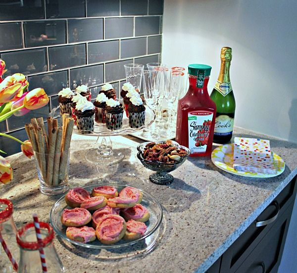 Girls' Night In - Cranberry Party  http://hisugarplum.blogspot.com/2012/05/girls-night-in-party.html#