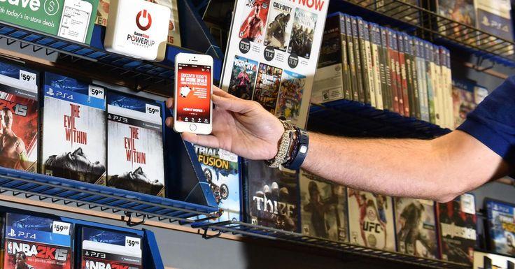 Les beacons pour voir un jeu vidéo sur smartphone : Des beacons sont des petits capteurs qui permettent d'interagir avec votre smartphone. Le concept : pour en savoir plus sur un jeu vidéo, l'utilisateur (qui a téléchargé au préalable l'appli) n'a qu'à approcher son téléphone de la balise située sur le présentoir de la boîte en question. Sur l'écran de son smartphone, apparaît alors toutes sortes de contenus liés au jeu (vidéos de démo, fonctionnalités...).  Source : LSA
