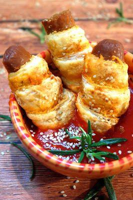 Make Life Green: ..95..Andrzejkowe paszteciki z ciasta francuskiego z kiełbaskami