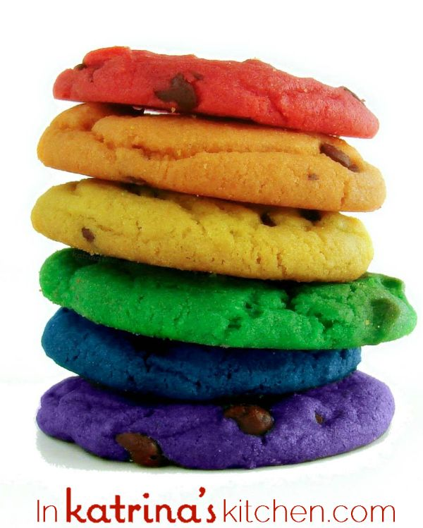 Rainbow Chocolate Chip Cookies in every color of the rainbow! Why be boring when you can be awesome?