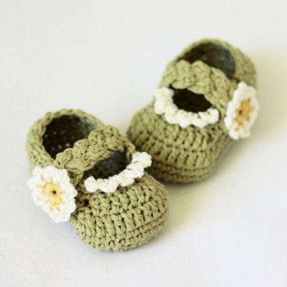 Descarga instantánea - patrón de crochet de zapatitos de bebé (archivo pdf) - Daisy trenzadas correa Botines (0-6,6-12 meses)