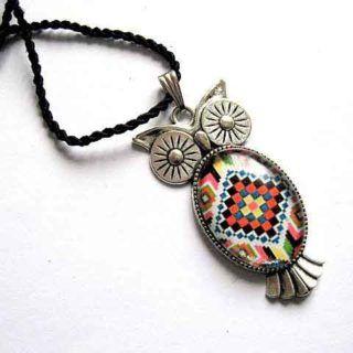 Colier cu pandantiv bufnita din argint tibetan si snur rasucit
