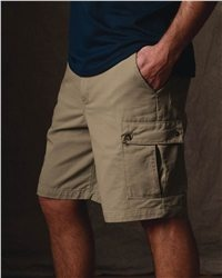 "Red Kap - Cargo Short - PC86  View Size Specification  Catalog Page: 0  It's all about practical, casual comfort in a pair of shorts with a half-dozen roomy pockets.        8.0 oz., 100% cotton wrinkle-resistant twill      Relaxed fit, plain front styling      Two front slack style pockets      Two pleated cargo pockets, two back patch pockets with concealed snap closures      10"" inseam"