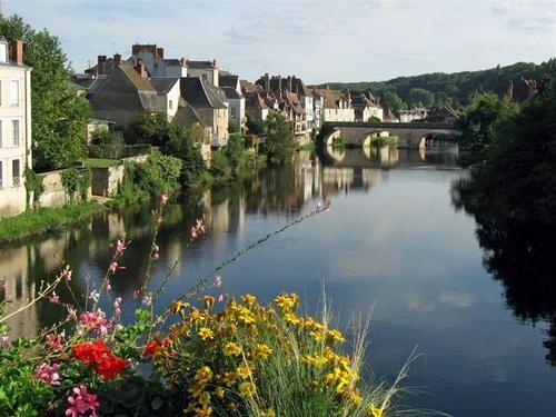 Argenton-sur-Creuse - Indre dept. - Centre région, France       ....lodya.canalblog.com