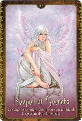 Thông tin Lá Keeper of Secrets - Wild Wisdom of The Faery Oracle bài tarot