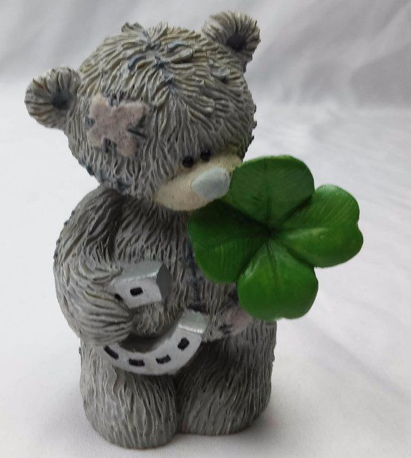 Me To You Collectible World Studios Good Luck Clover Bear Figurine (2001)