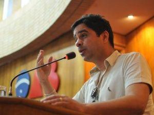 VANDERLI AP. PANTOLFI DA COSTA: Em Campo Grande, juiz espírita defende carta psico...