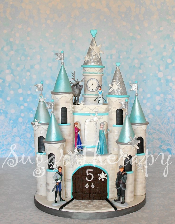 Frozen Castle Cake I Want To Give A Shout Out To Shawna Mcgreevy Of Mcgreevy Cakes For The Tutorial On Youtube She Is A True Artist I