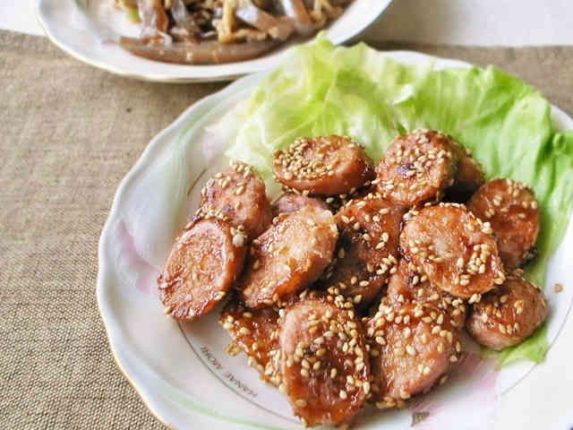 お弁当のおかず!魚肉ソーセージの甘辛焼きの画像