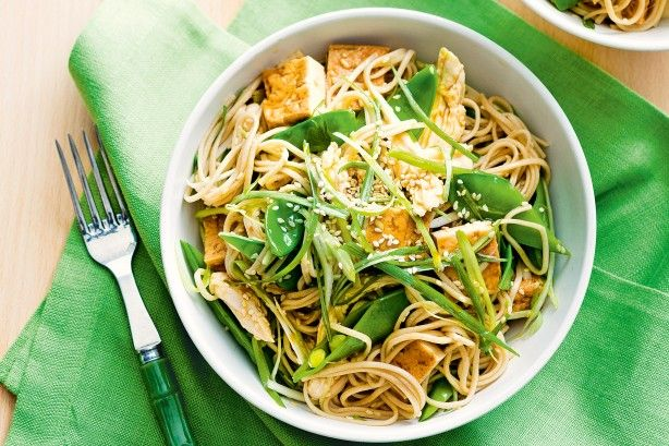 Create a healthy family meal in less than 30 minutes with this flavoursome warm chicken and soba noodle salad.