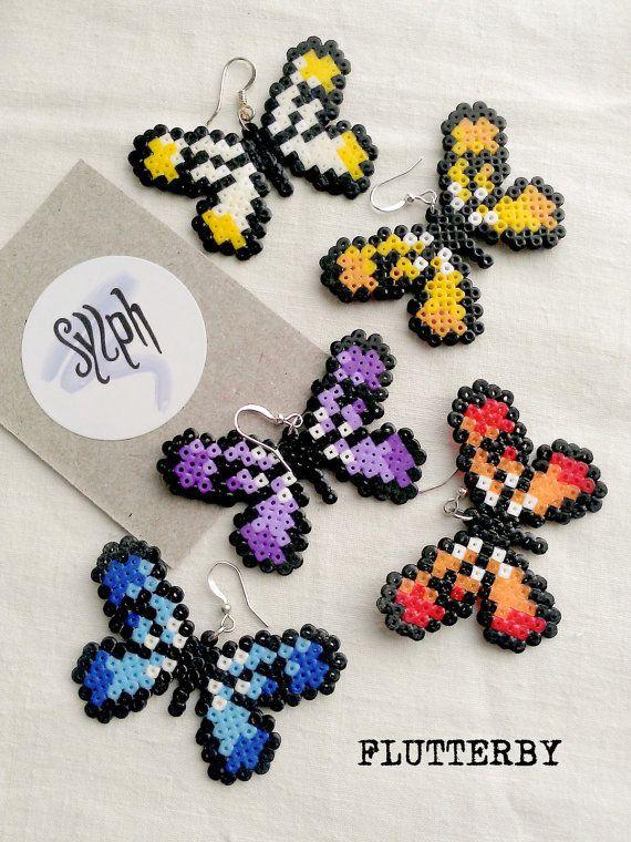 Ohrringe hergestellt aus Hama Mini Perlen von SylphDesigns auf Etsy