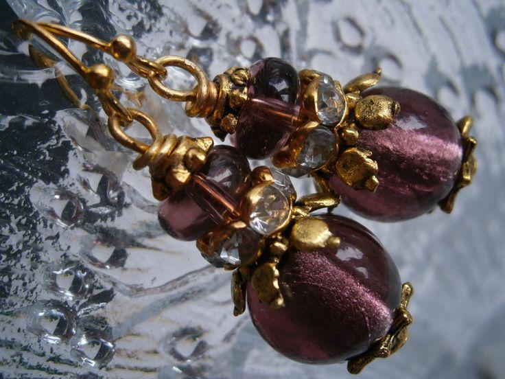 Ohrringe,lila,goldfarben,lampwork+von+kunstpause+auf+DaWanda.com