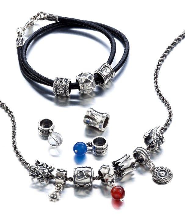 Kalevala Koru   My SAAGA, rannekoru ja kaulakoru heloilla (bracelet and necklace charms)
