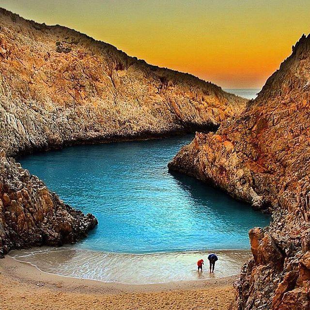 Seitan Limeni, Crete island, Greece ...Ψάχνοντας τις καλοκαιρινές μας αναμνήσεις ...What was left.. @vasilis_manou #athensvoice #lookmag