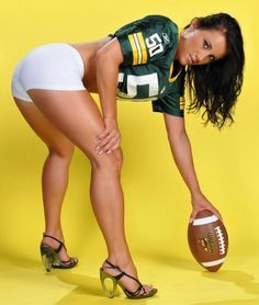 Green Bay Packers Cheerleaders Sexy | hot-sexy-green-bay-packers-girls-fans-20 Welcome to Heaven - http://touchdownheaven.com/category/categories/green-bay-packers-fan-shop/