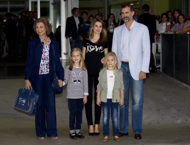 King Juan Carlos receives visit from granddaughters Princesses Leonor and Sofia in hospital after hip operation - hellomagazine.com