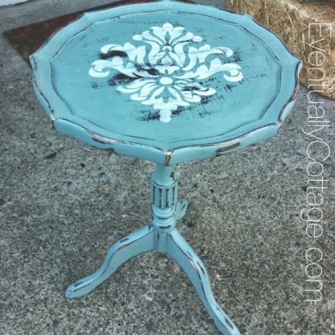 Life at Eventually Cottage: Damask Table
