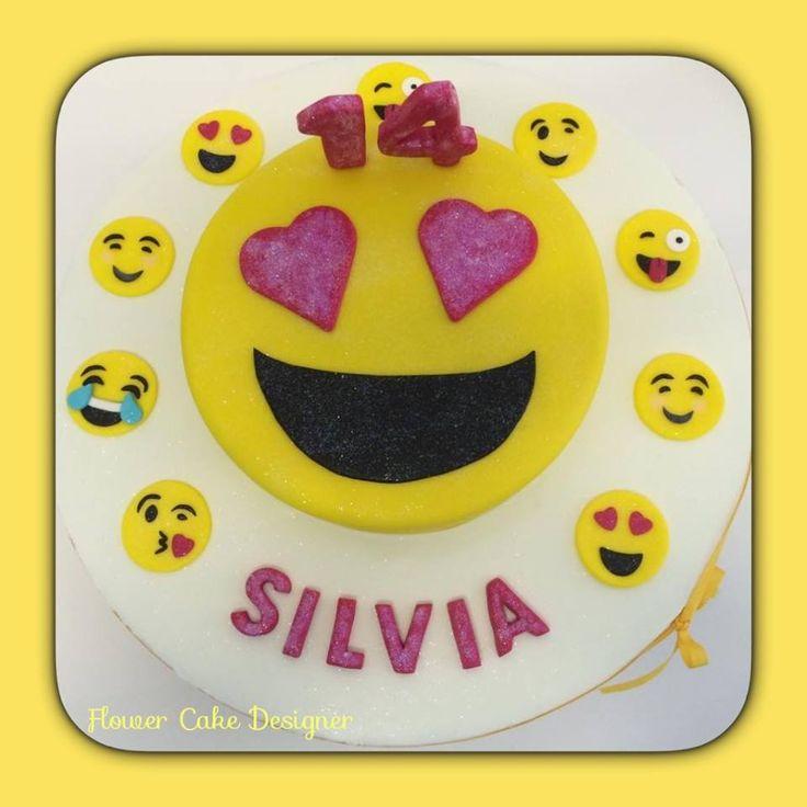 FLOWER CAKE DESIGNER: Bolo Smile