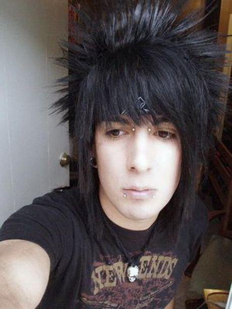 Emo Frisuren Fur Jungen Mit Kurzen Haaren Frisuren Haaren Jungen