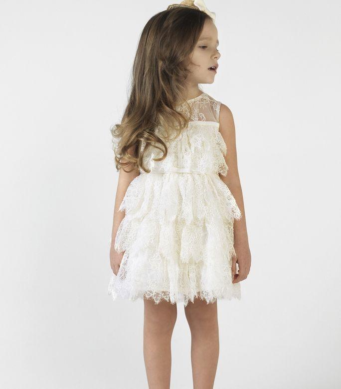 Χειροποίητο βαπτιστικό φόρεμα σε εκρού από την Αγαπημένη μας εταιρεία?!!!! Ανακαλύψτε την στο www.angelscouture.gr
