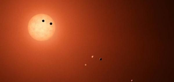 June 8 (UPI) — An astrophysicist at the University of Oklahoma says several Earth-sized planets in the TRAPPIST-1 system are Earth-like in other ways. According to new analysis by Billy Quarles, at least six of the seven exoplanets boast an Earth-like consistency and are likely composed... - #Composition, #Determines, #Earthsize, #Planets, #Researcher, #TopStories