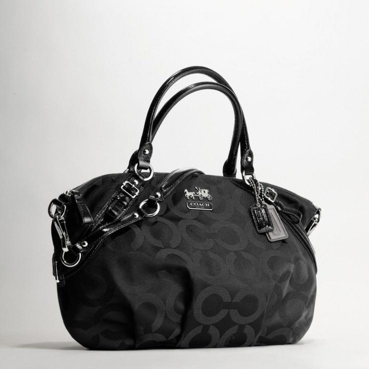 164 best Beauty - HandbagsClutchesTotes images on Pinterest Coach ... aaead9652e