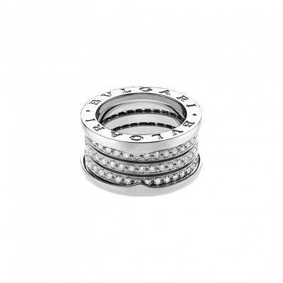B. Zero1 3-Band 18k White Gold Ring
