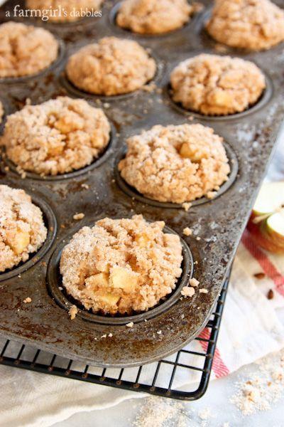 Apple Muffins with Cinnamon Sugar Crumble Topping - afarmgirlsdabbles.com #apple #muffins @farmgirlsdabble