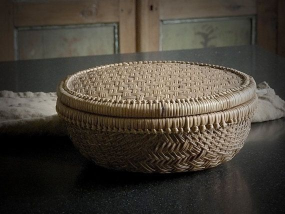 Asian Basket with Lid // Vintage // Handwoven by gardenofsimples, $27.95