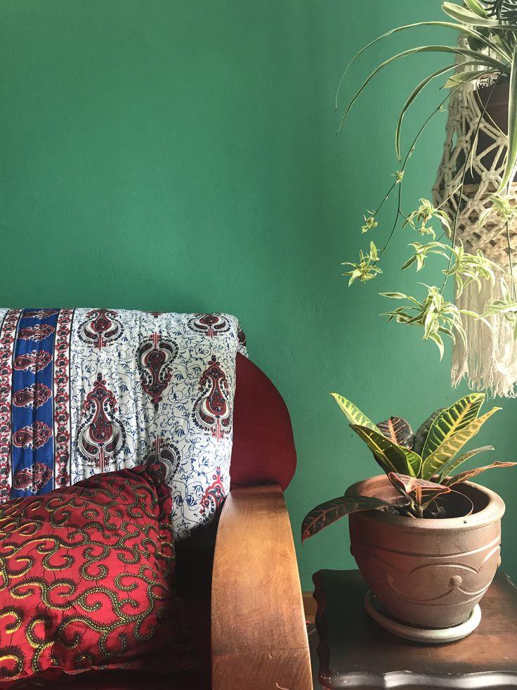 A pretty Jaipuri Razai Quilt adorning a chair  #bohointeriors #gypseydecor #bohoglam #boho #bohemianstyle  #bohostyle #beautifullyboho #ihavethisthingwithcolour #ihavethisthingwithtextiles #gypseyset #makeityours #inmydomain #bohochic #electichome #eclecticdecor #maximalism