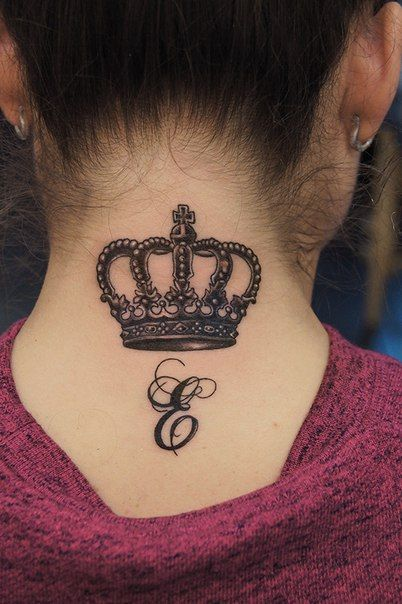 татуировки корона для девушек на шее: 17 тыс изображений найдено в Яндекс.Картинках