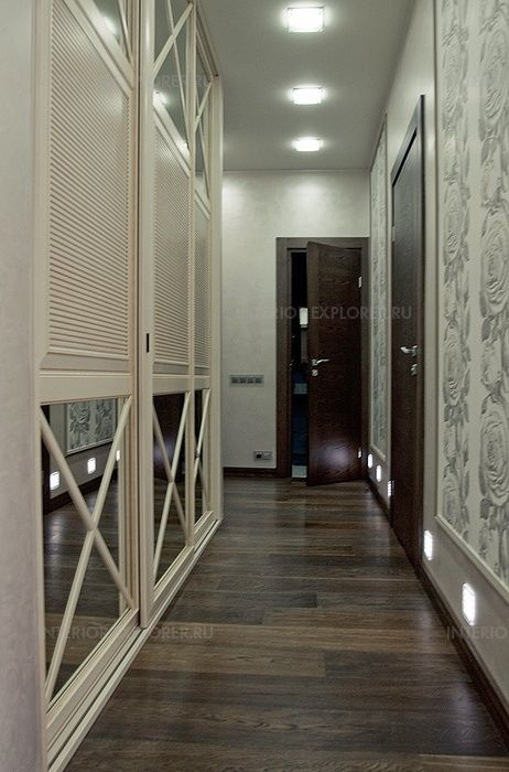 шкаф в стиле Прованс в коридоре