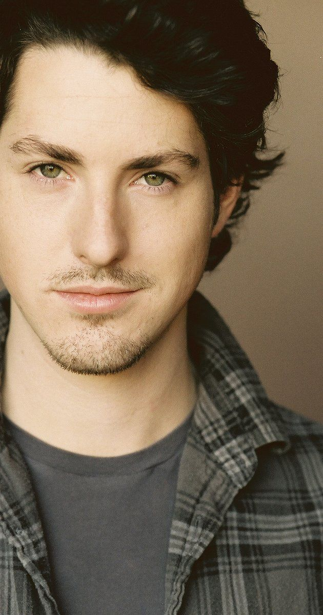 Pictures & Photos of Sean Flynn - IMDb
