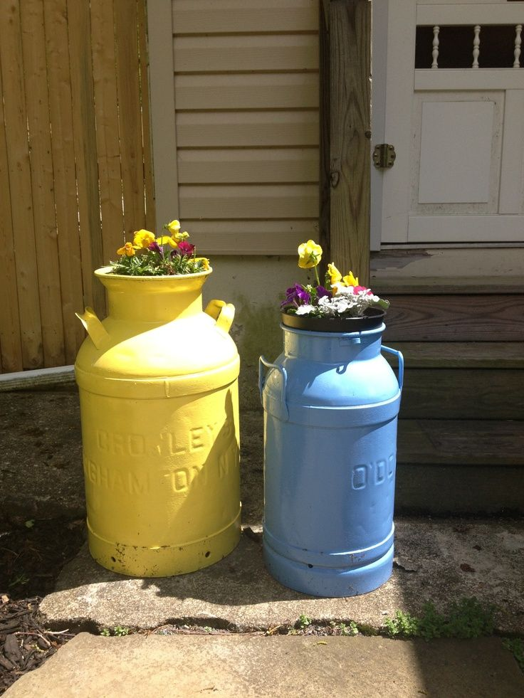 The 25 best ideas about old milk cans on pinterest milk for Milk can table ideas