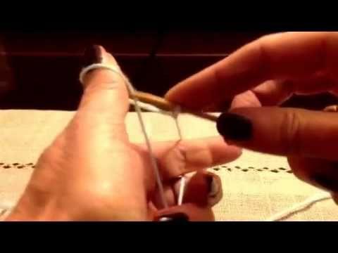 Tutorial sui lavori ai ferri, realizzato da Giulietta Lorenzini: Maglia ferri circolari montare le maglie