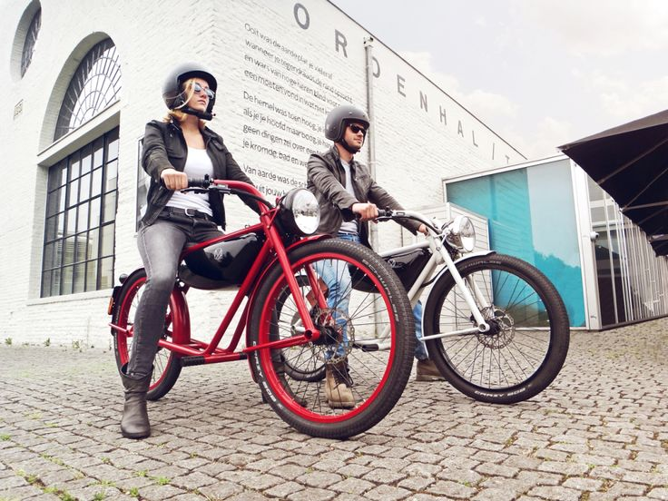 """The Retro Electric Moped That's Taking Over Europe 