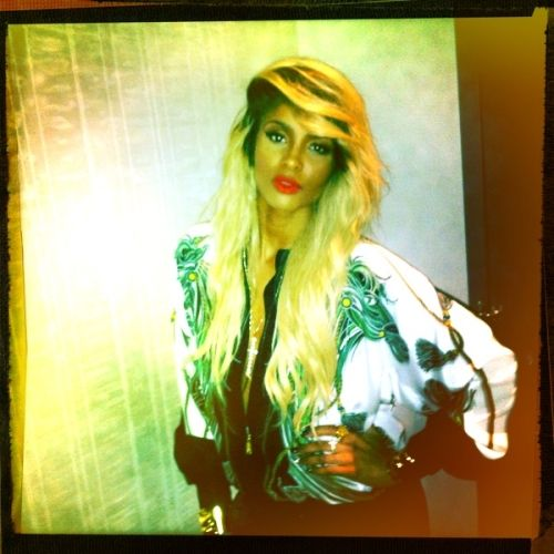 Ciara da blonde bombshell! Our virgin hair extensions can be custom colored any way you like ;)