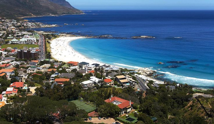 Camps Bay Retreat is located in the Camps Bay area of Cape Town, South Africa.  Camps Bay Retreat is one of the best and most authentic historic small hotels in the Cape Town area.