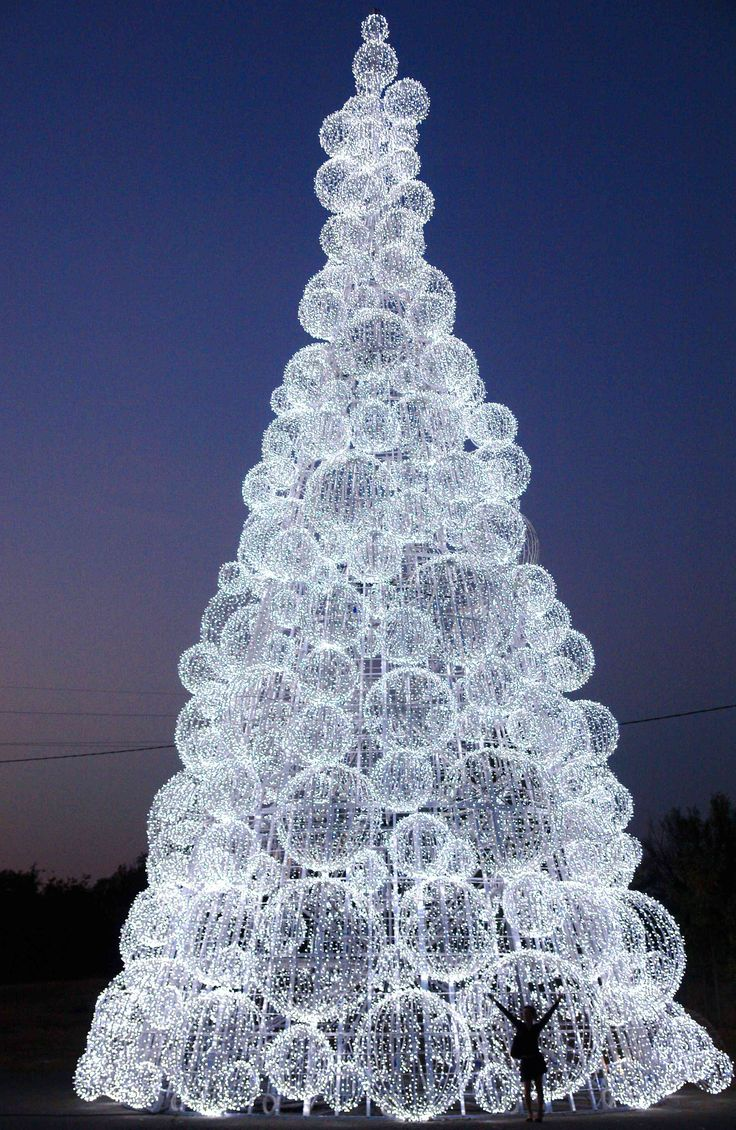 This #Christmas tree is made of Blachere Illumination.