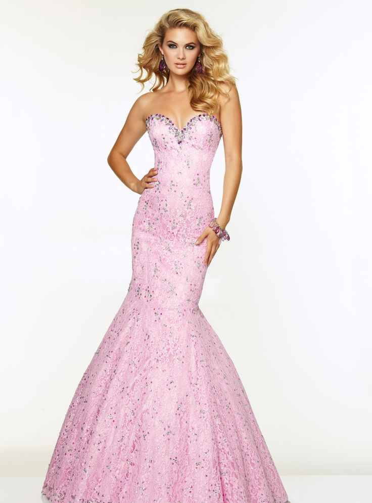 Gorgeous lilac prom dress
