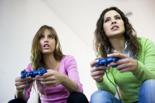 What are the positive and negative effects of video games for gamers?
