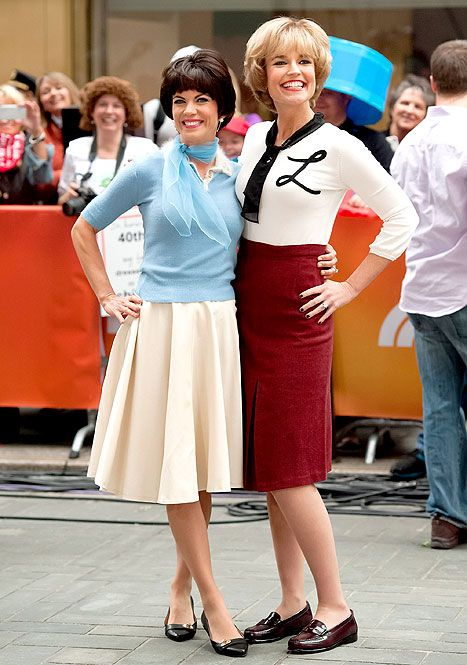 This is what I want to dress as next year for Halloween!!! Laverne and Shirley!!